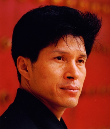 版本:   (5)简广易 《牧民新歌》   (1)张维良 《太湖春》