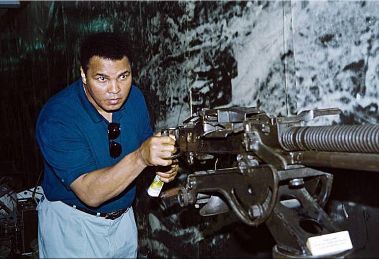 무하마드 알리와 베트콩의 12.7mm DShK 대공기관총 - Muhamad Ali & Viet Cong's DShk 12,7mm Anti Air craft Gun