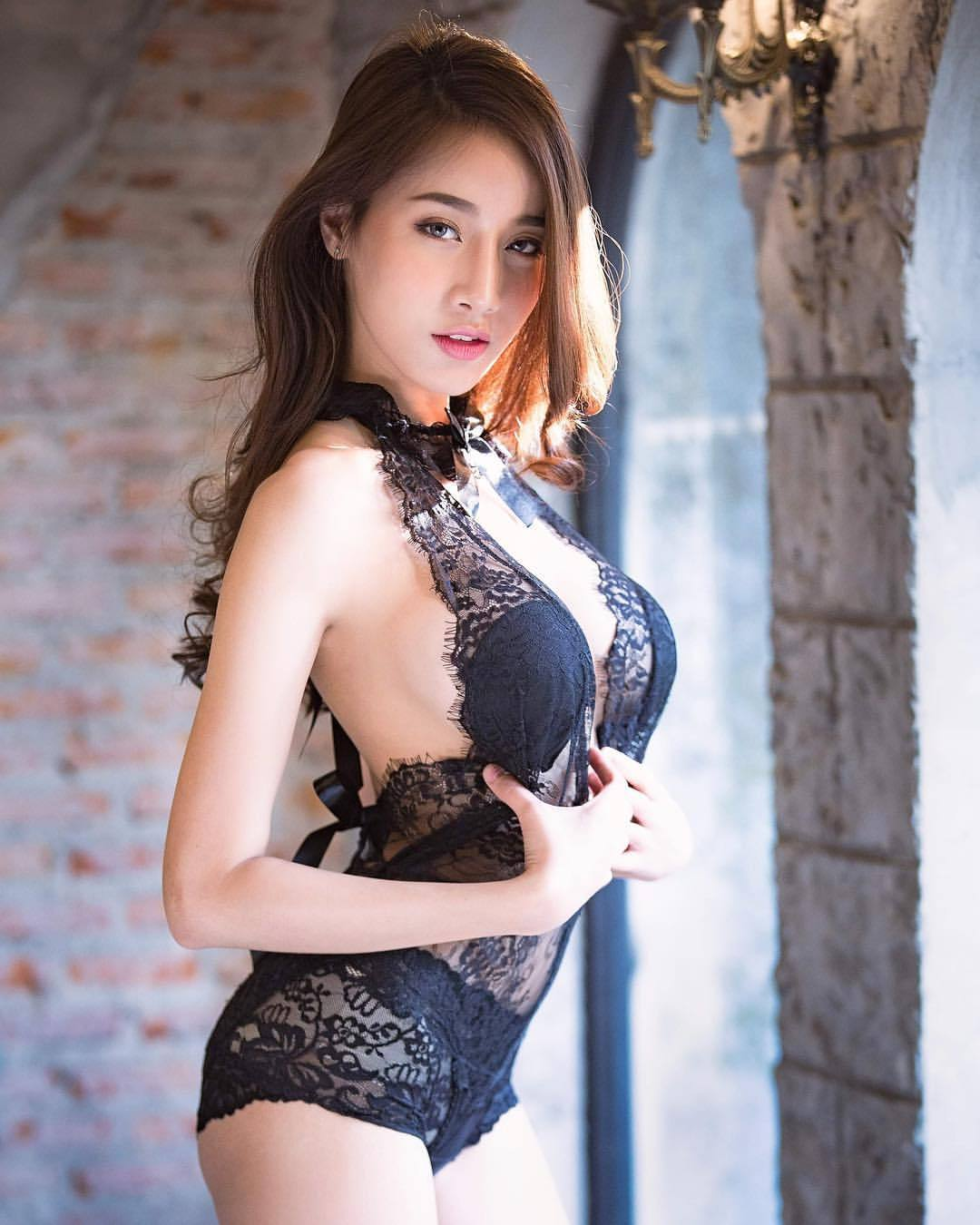 cool Asian glamour in lingerie